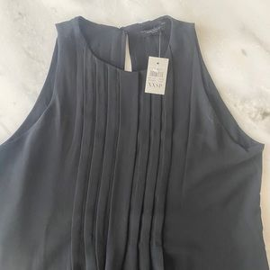NWT Ann Taylor Pleated Swing Top